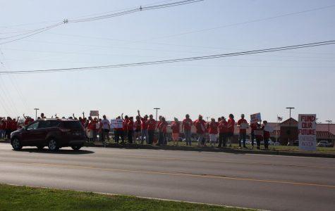 Bullitt County Teachers Rally For Public Education