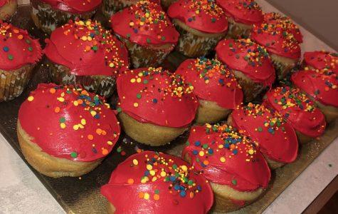 Bake Sale Ready Vanilla Cupcakes