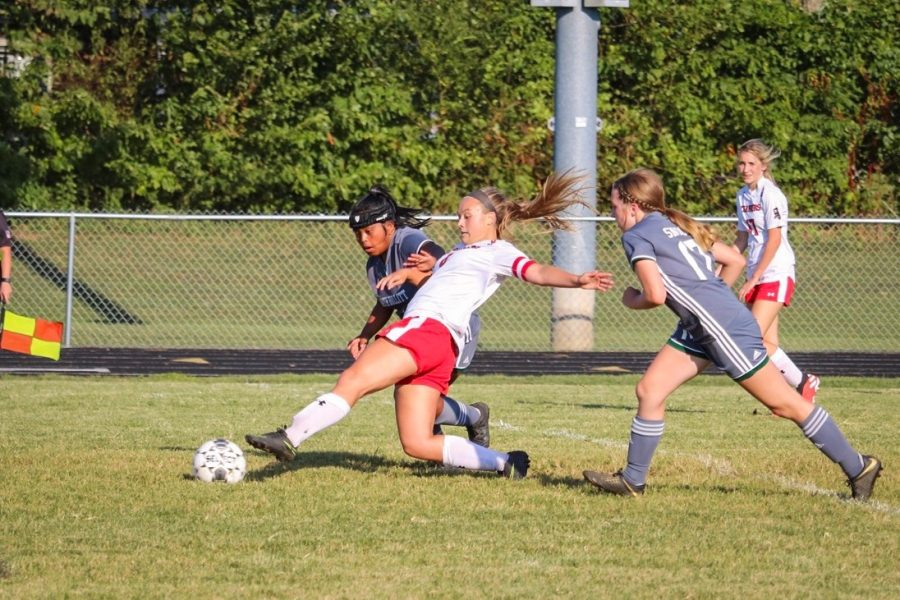 Girls Soccer Continues Winning Record